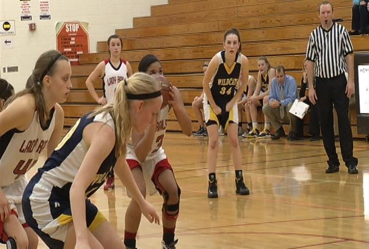 Altoona's KaSandra Springer hits a game-tying 3 & a game-winning FT to lift the Railroaders past River Falls