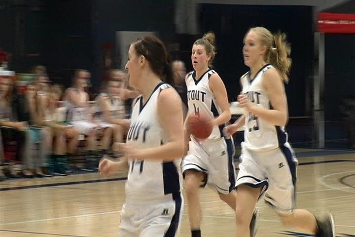 Stout wins a tight game over River Falls
