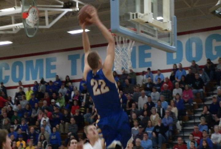 Henry Ellenson goes off for 40 points as Rice Lake wins at EC North