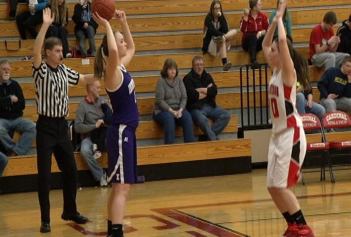 Independence stays unbeaten in the Dairyland with a win at Eleva-Strum