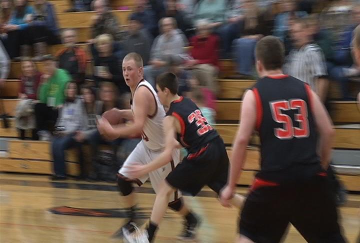 Bloomer completes a comeback against Elk Mound