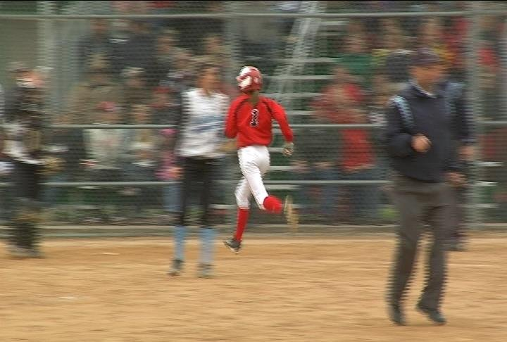 Chi-Hi holds on to top EC North