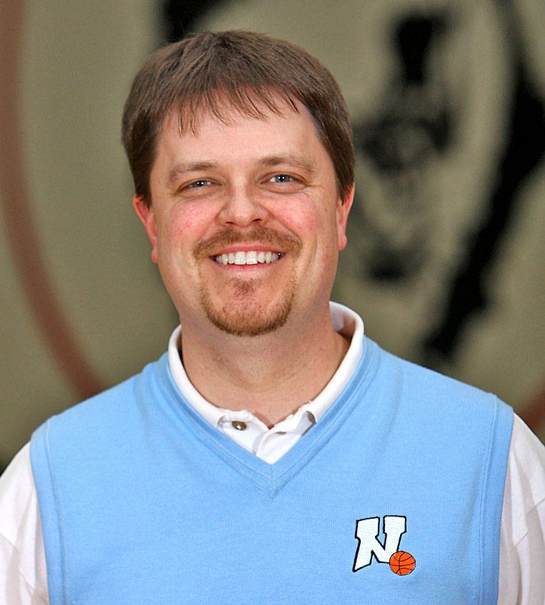 Eau claire north hires boys bb coach o f searching wqow for Dr of motors chico