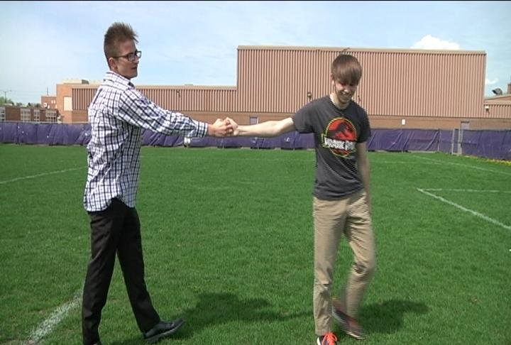 UW-Eau Claire student helps high school freshman from Russia adapt to life