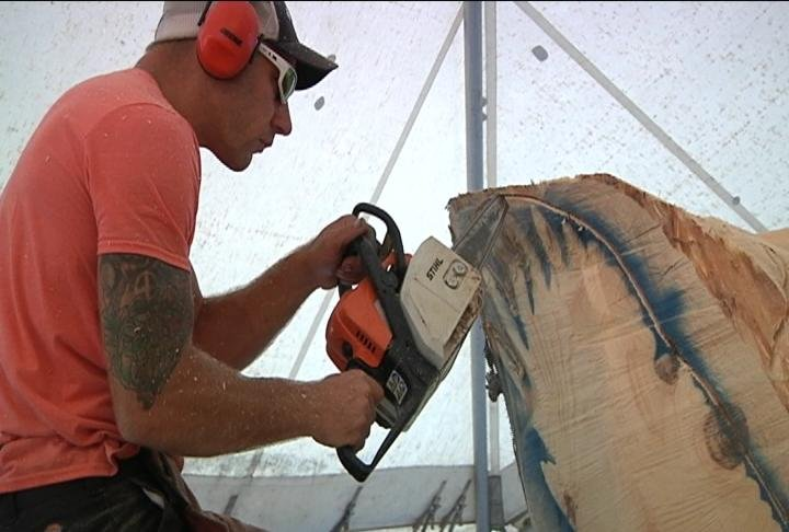 U s open chainsaw sculpture championship in eau claire