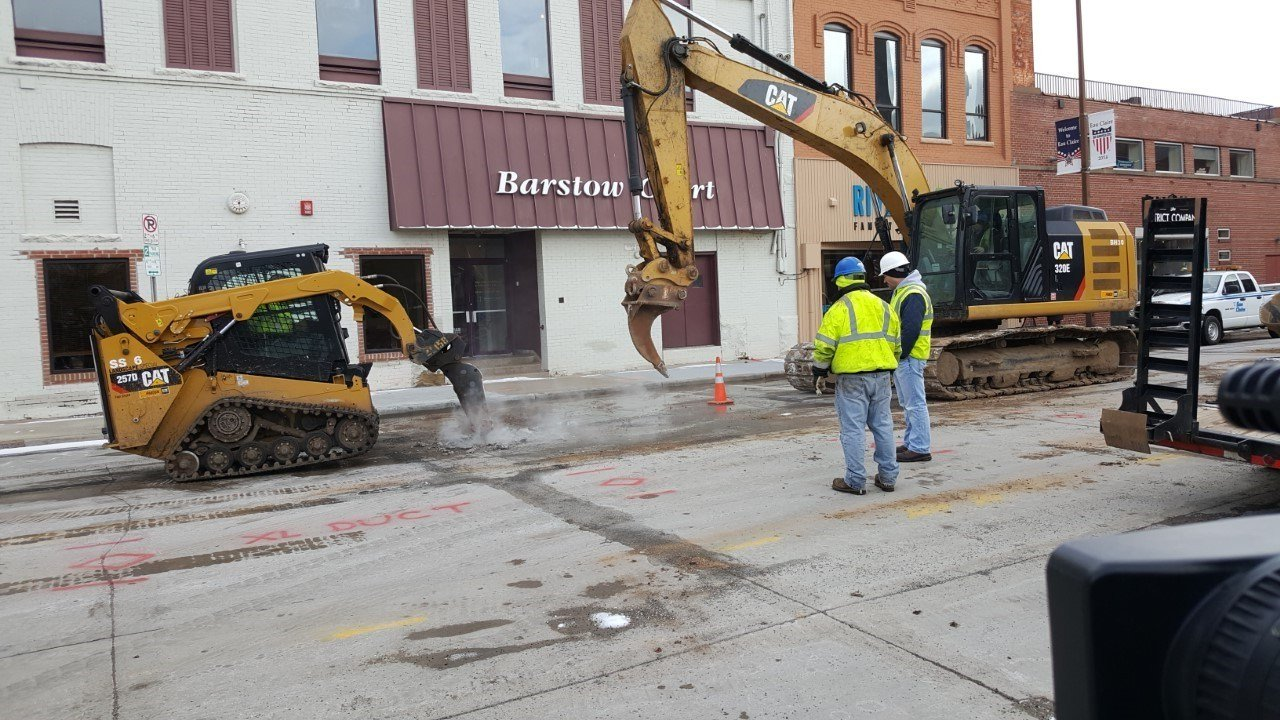 Downtown eau claire water main break causes hair salon to for 007 salon madison wi