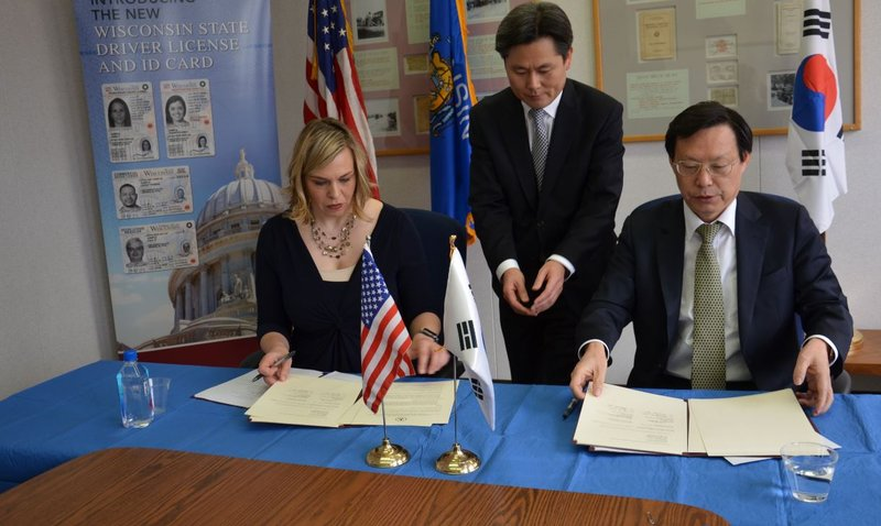 Wisconsin South Korea Sign Driver License Reciprocity Agreement