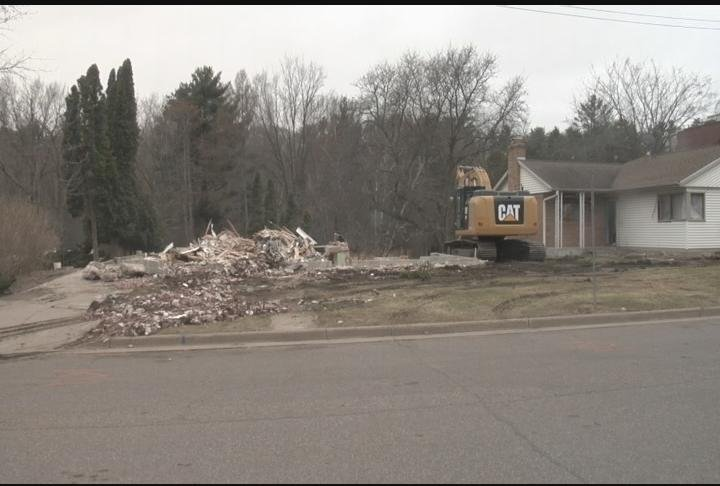 Progress continues on UW-Eau Claire Garfield Ave. project