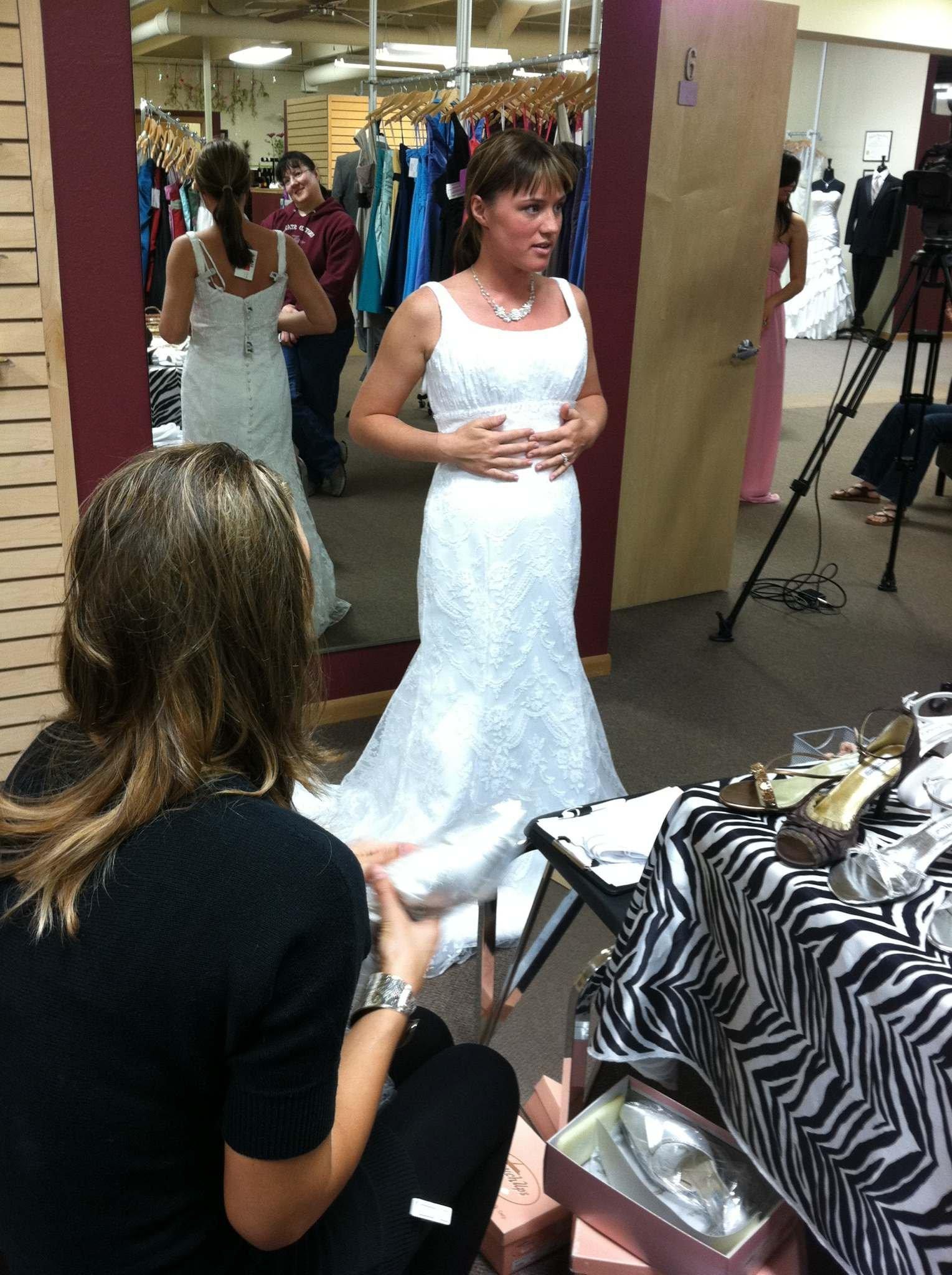 Eau claire wedding dresses flower girl dresses for Wedding dresses eau claire wi