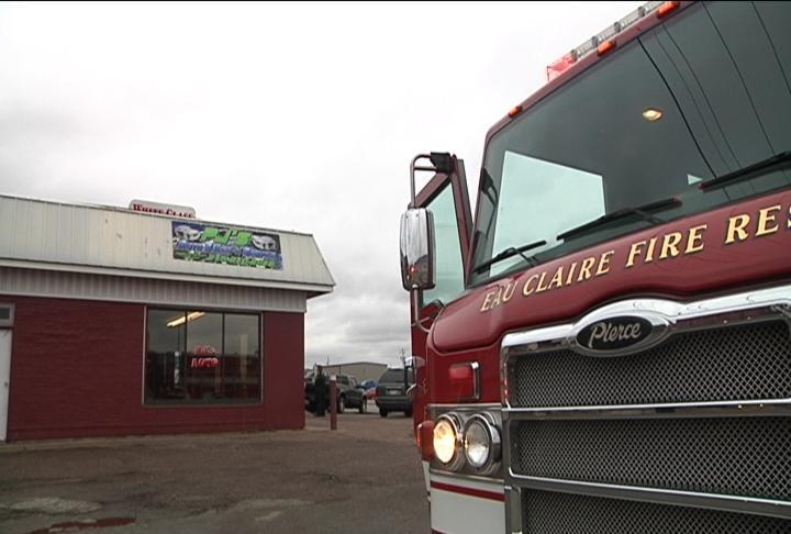 Fire Crews Respond To Altoona Car Lot Kttc Rochester
