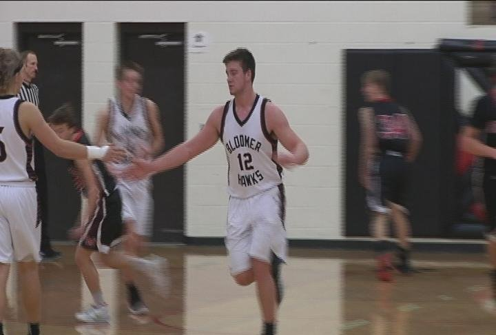 The Blackhawks edge Medford to win the Holiday Tournament